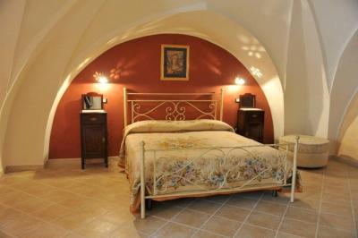 Casa Messapia antica casa salentina con volte a stella ristrutturata