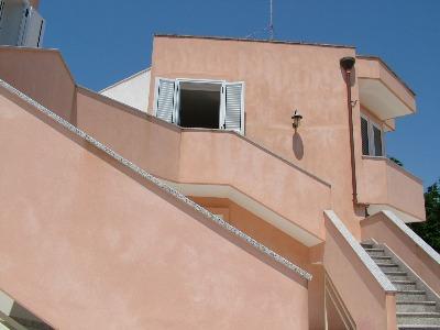 Appartamento n2 primo piano fronte mare