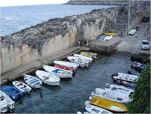 Affittasi appartamento marina serra a 30 mt dal mare - Marina serra piscina naturale ...