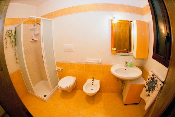 App. ARANCIO - bagno interno
