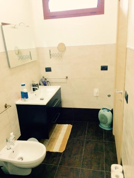 App. Giallo bagno