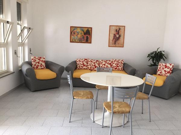 Appartamenti a Pescoluse. Appartamenti a soli soli 50 metri dalla stupenda spiaggia di Pescoluse