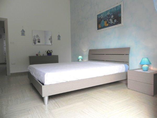 Foto 39: Camera da letto villino celeste