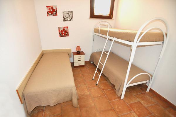 Foto 6: Cameretta appartamento grande 1