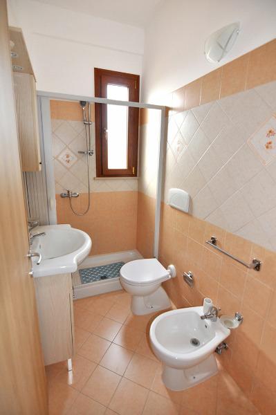 Foto 8: Bagno appartamento grande 1