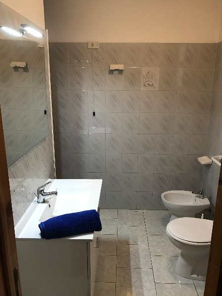 Foto 9: Sabbia d'Oro: Bagno camera matrimoniale 1