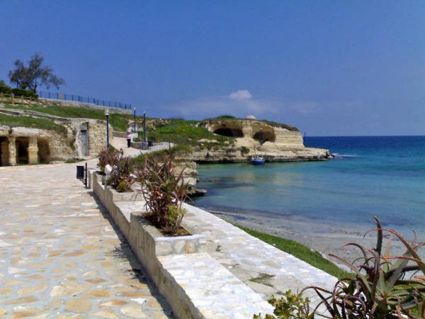 Bilocale al mare di torre sant 39 andrea otranto a due passi for Affitti al mare