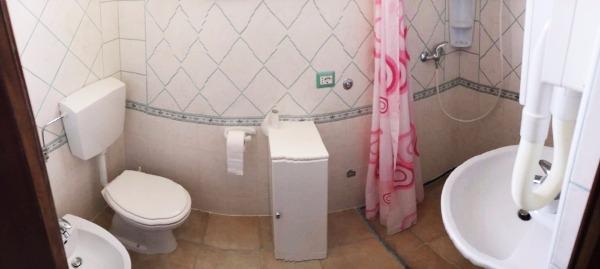Foto 22: cod.4 - bagno con doccia