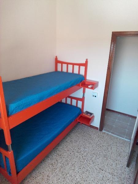Foto 11: camera con letti a castello appartamento Alba in Salento