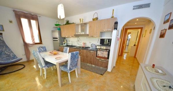 Foto 3: Cucina appartamento 2