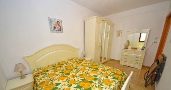 Camera da letto appartamento 2