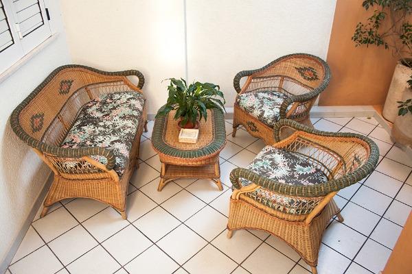Foto 14: Casa Nettuno - Veranda anteriore con divanetto Piano terra