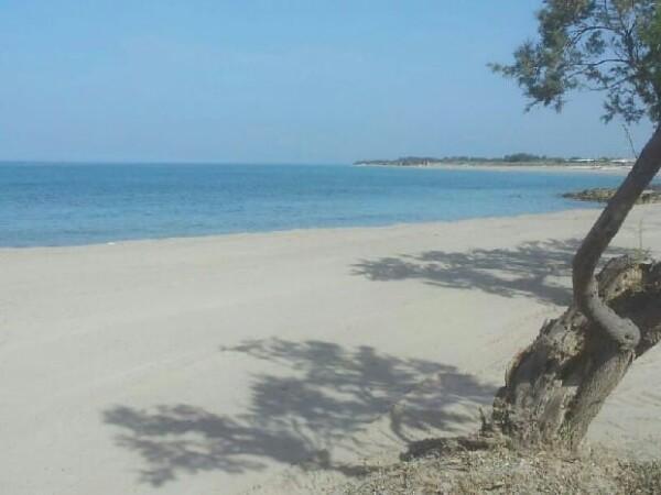 Foto 1: Spiaggia di fronte