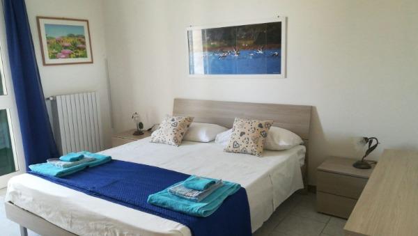 Foto 8: Camera Matrimoniale n.1 con balcone e bagno privato