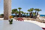 Ville a Marina di Alliste in Puglia. Villa indipendente e comodissima di fronte al mare