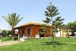 Villa con ampi spazi esterni attrezzati