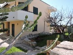 Appartamento indipendente a 600 mt dal mare Di Torre Pali - Visualizza foto e altri dettagli.