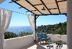 Ville a Corsano in Puglia. Splendida SONIA a picco sul mare per 6 comodi posti letto