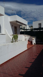 Appartamenti a San Gregorio in Puglia. Appartamento su due livelli e spazio esterno a San Gregorio.