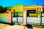 Villa con doppio appartamento da 8 a 12 posti  - Visualizza foto e altri dettagli.