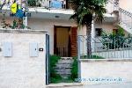 Appartamenti a Gallipoli in Puglia. Villetta Bouganville con spazio esterno attrezzato a 200 mt dal mare