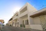 A Torre San Giovanni appartamento a 150 mt dalla spiaggia di sabbia bianca zona porticciolo - Visualizza foto e altri dettagli.