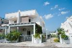 Appartamento indipendente a 100 metri dalla spiaggia - Visualizza foto e altri dettagli.